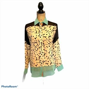 Thml Top Cream Black Green Button Front Small